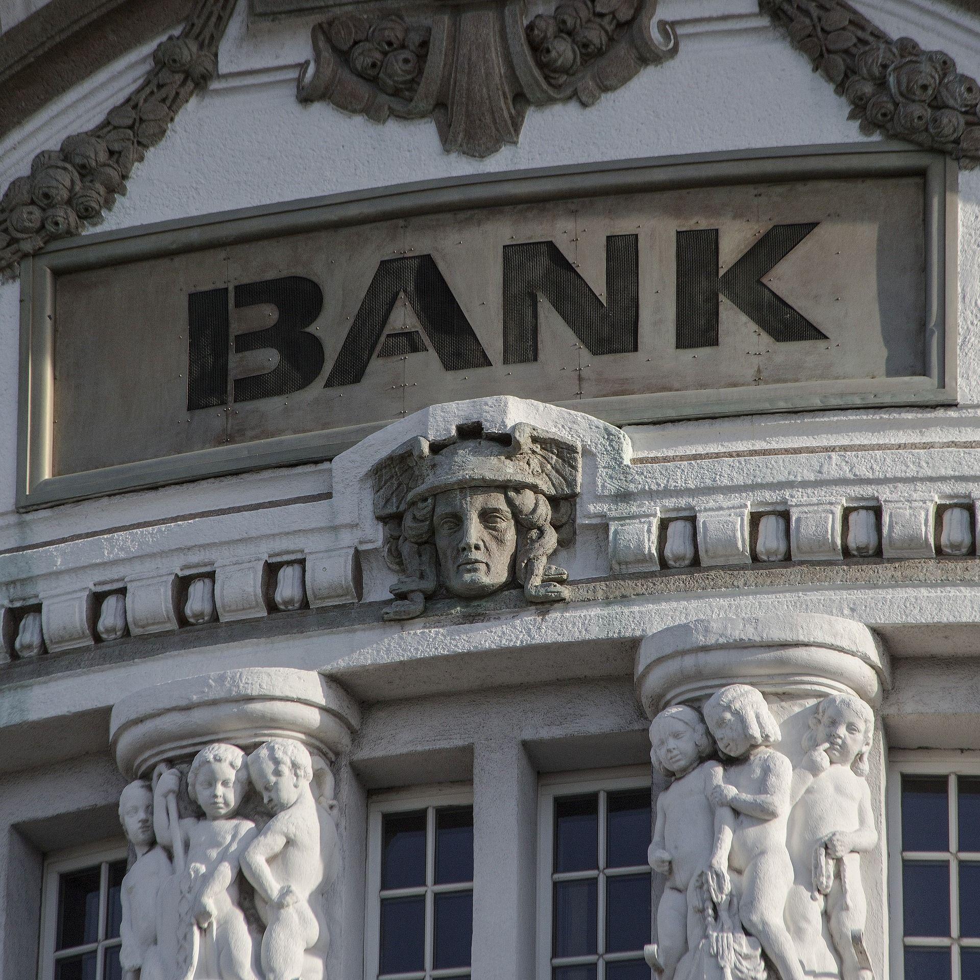 Banca tradicional