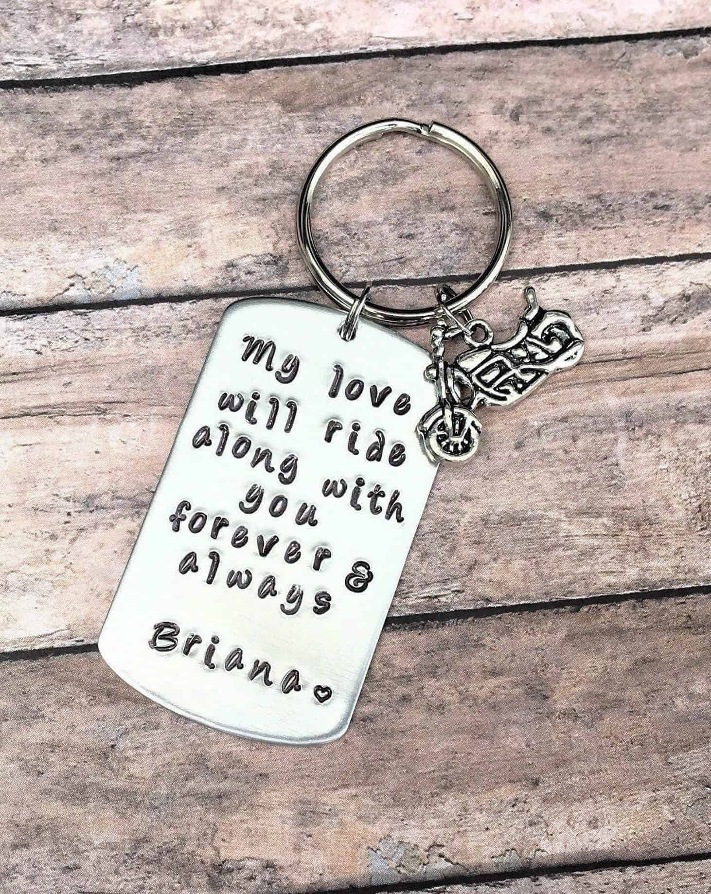 keyring valentines day gift ideas for him