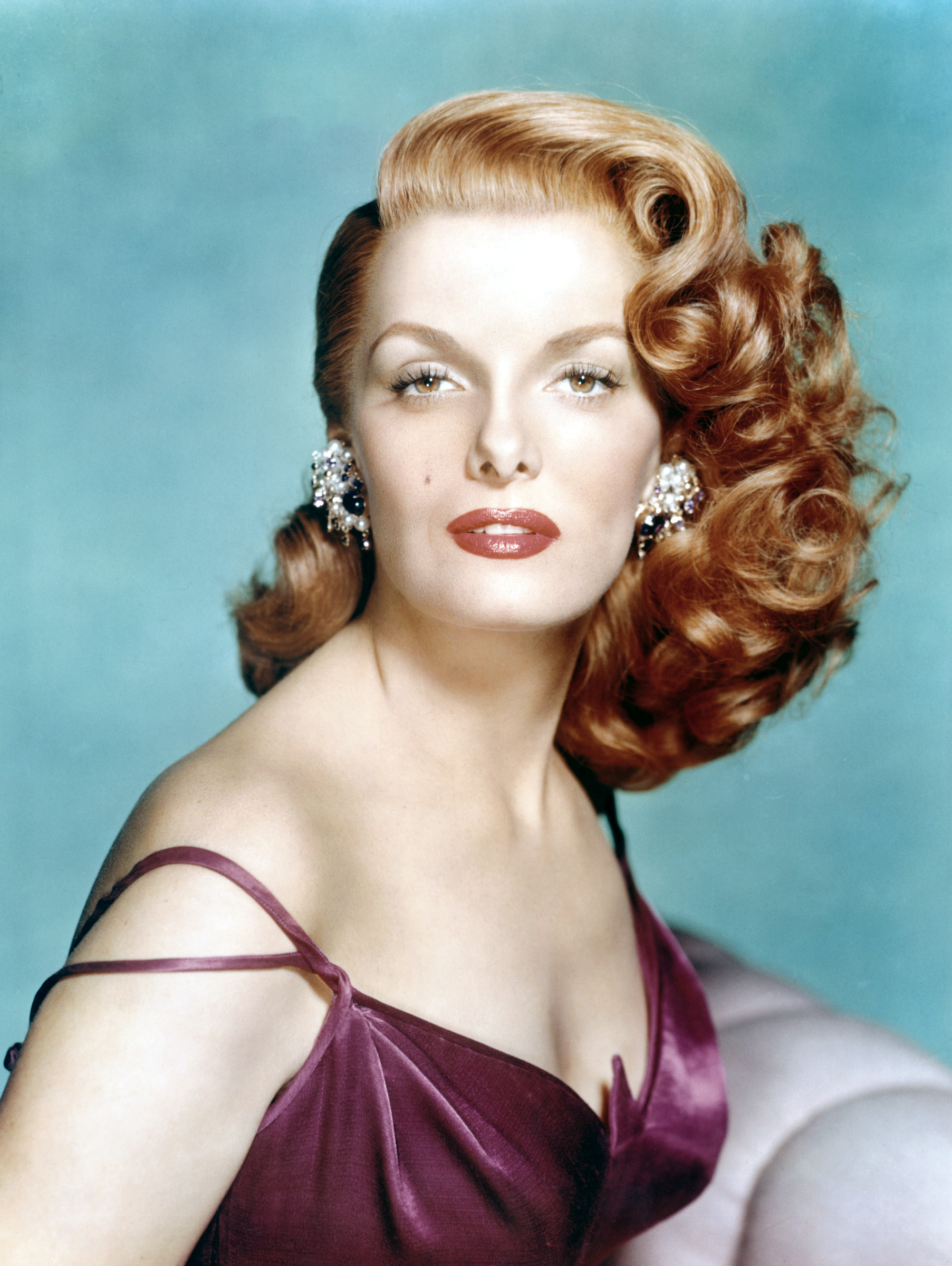 Pin Curls Glamorous hair of the Roaring Forties Chic Vintage Brides