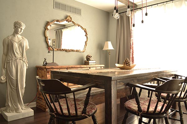 minimal and rustic dining room