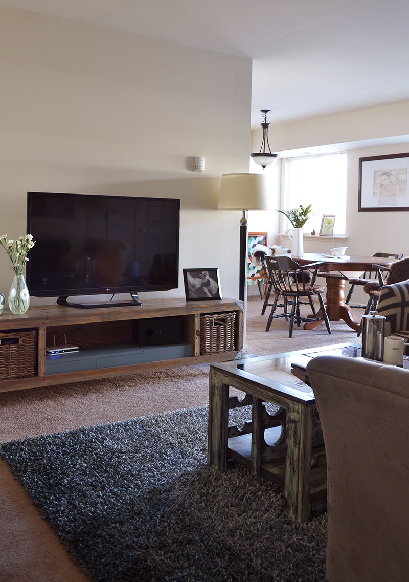 rental dining and living rooms