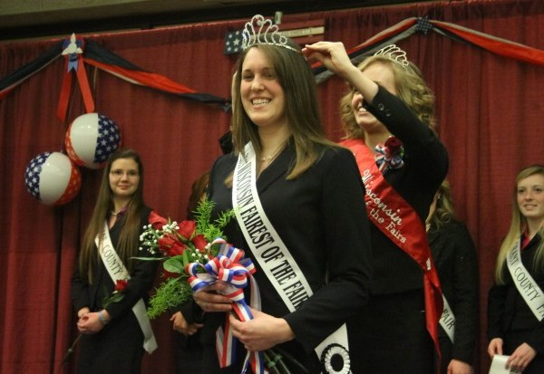 Steffani Koch of Mayville crowned Wisconsin State Fairest