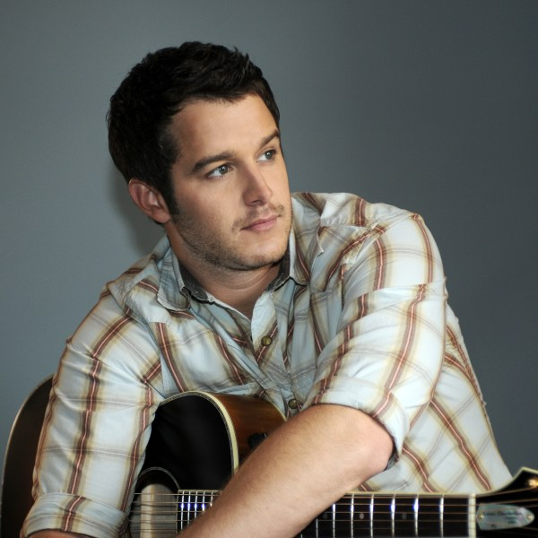 Easton Corbin Headlines Thursday Entertainment