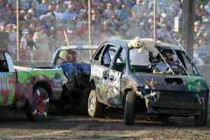 Demo Derby Dodge County Fair