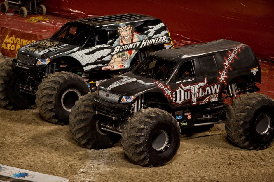 Beaver Dam Fall Nationals Monster Truck Showdown