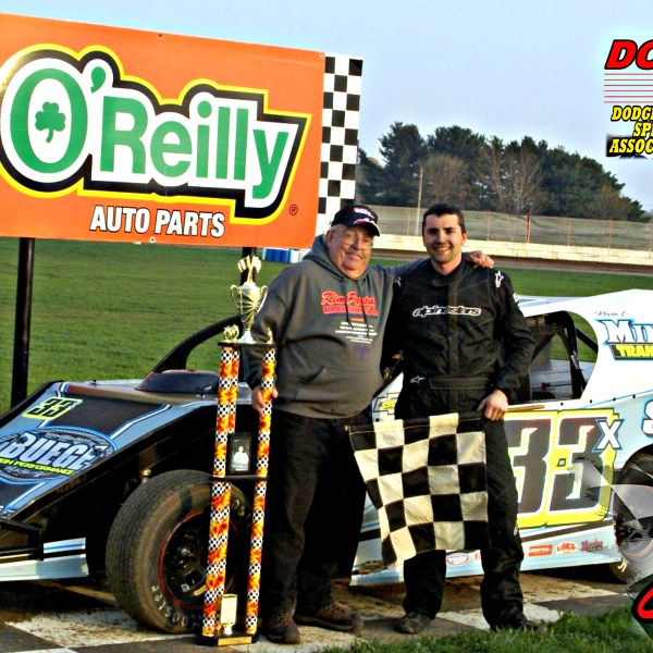 Dan Roedl wins season opener in Twisted Iron Custom Cycle Modifieds