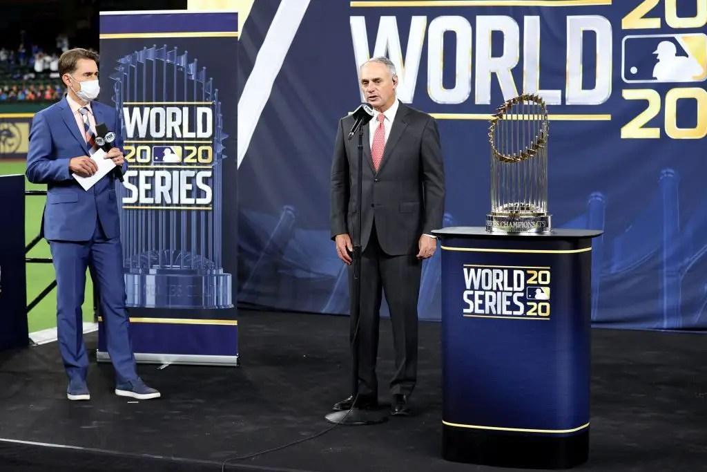 MLB diz às equipes para presumir que não haverá um DH universal em 2021 2