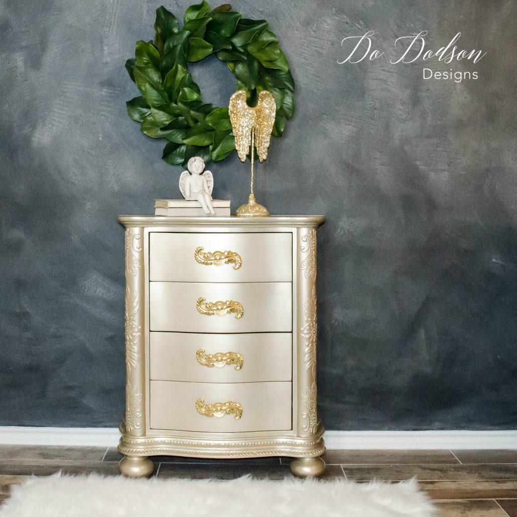 Insane metallic paint for furniture that will give you shimmer. Stunning Furniture Creations #furniturecreations #metallicpaint