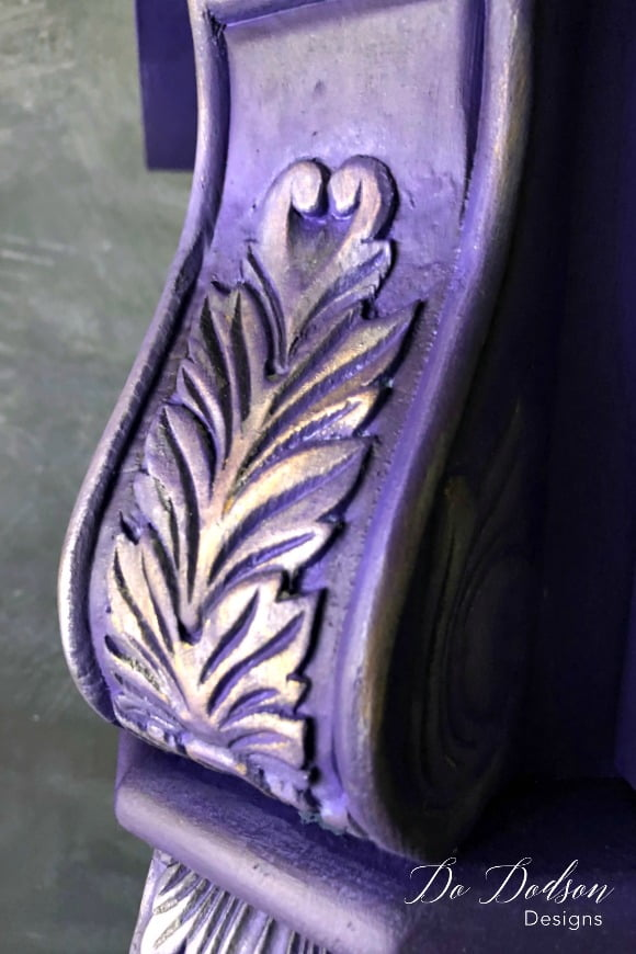 Why I'm Not Scared of Bright Colors on a Statement Piece #amethyst #dixiebellepaint #dododsondesigns #brightcolors #boldcolors #paintedfurniture #furnituremakeover #paintedfurnitureideas