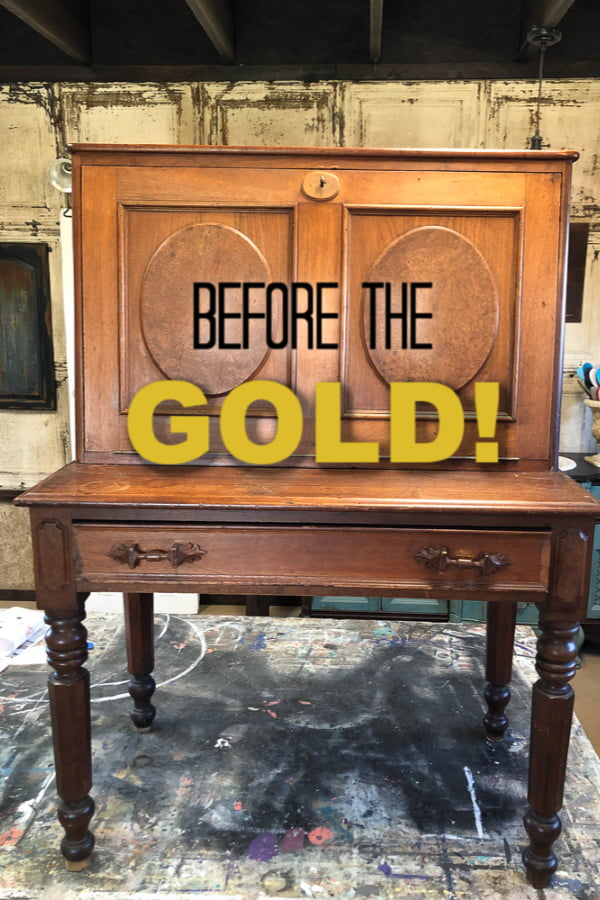 You gotta see this vintage desk now! I painted the legs GOLD!