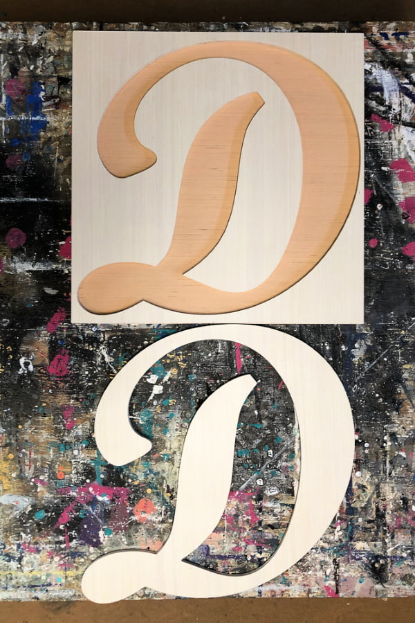 How to paint wood letters with a unique style.
