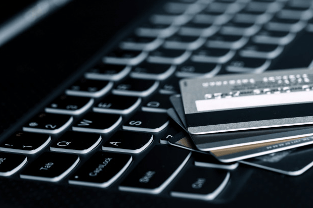 How to Responsibly Use Credit Cards feature image