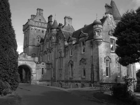 Overtoun House in Scotland