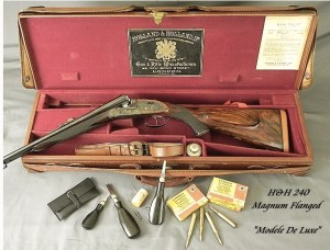 "HOLLAND & HOLLAND 240 MAG FLANGED ROYAL ""MODELE De LUXE""- GOLDEN ERA of 1933- APPEARS UNFIRED"