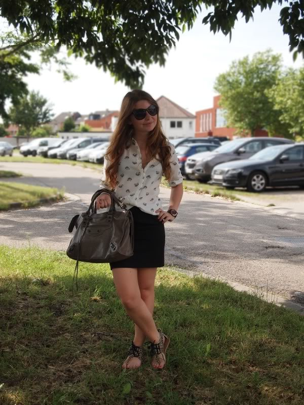 Outfit: printed Shirt