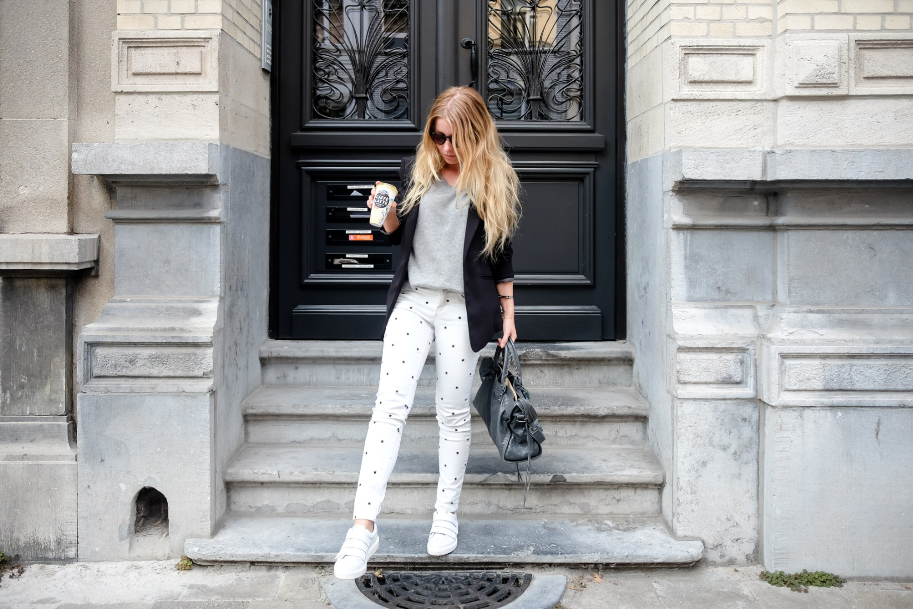 Seeing Stars: Wearing Printed Pants to Work