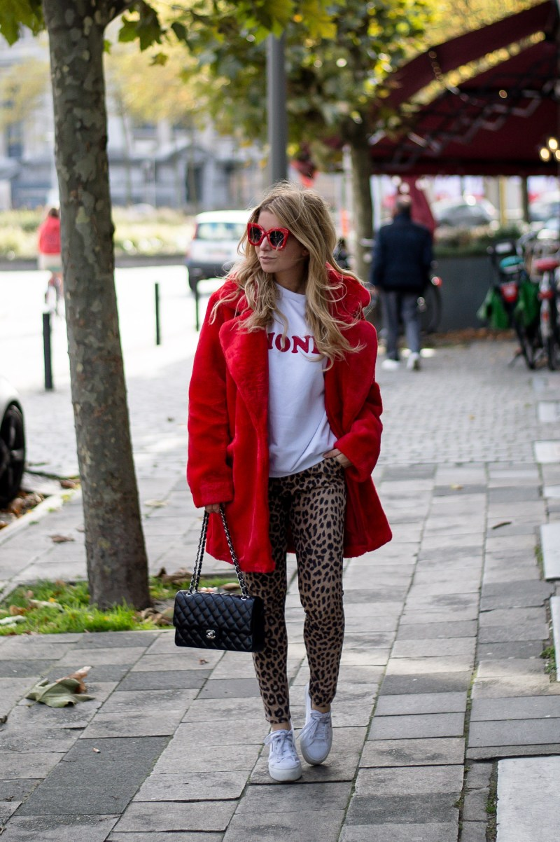 ComeGetFashion leopard pants and faux fur coat