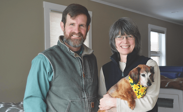 Steve and Alayne with Sophie, a blind Dachshund. (Photo courtesy Rolling Dog Farm)
