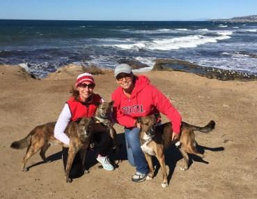 Meg Halaska on left, Diane Hotz on right withTia, Tessie and Nico
