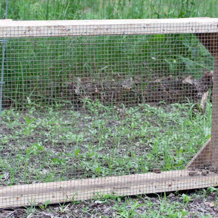 Easy to build screen for compost