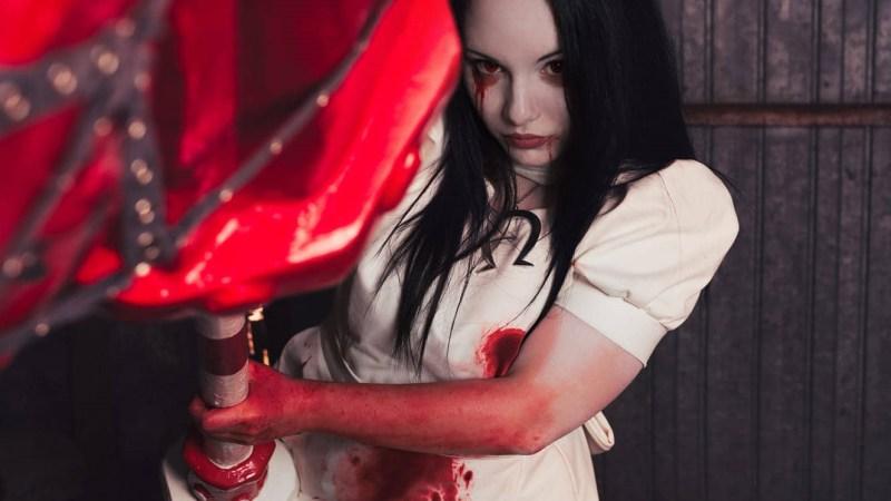 Alice Madness Returns – Il cosplay della famosa fiaba in versione dark!