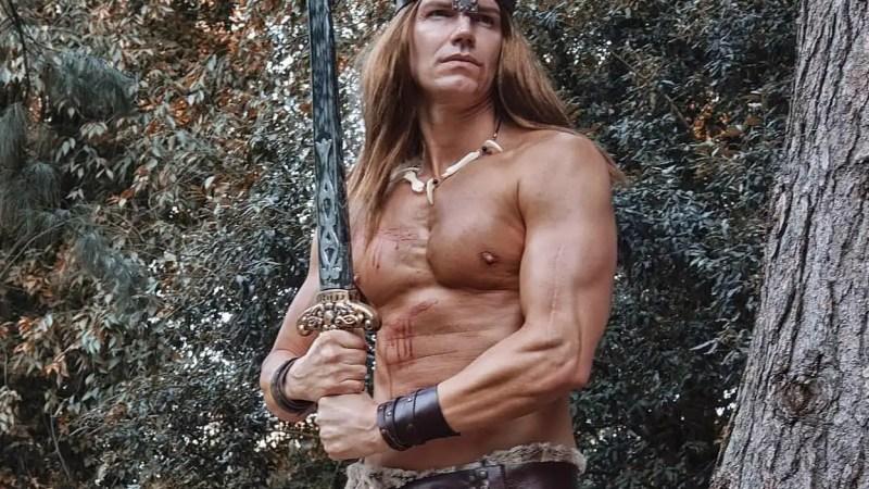 Il poderoso Conan il barbaro è interpretato da Lele Fedele!