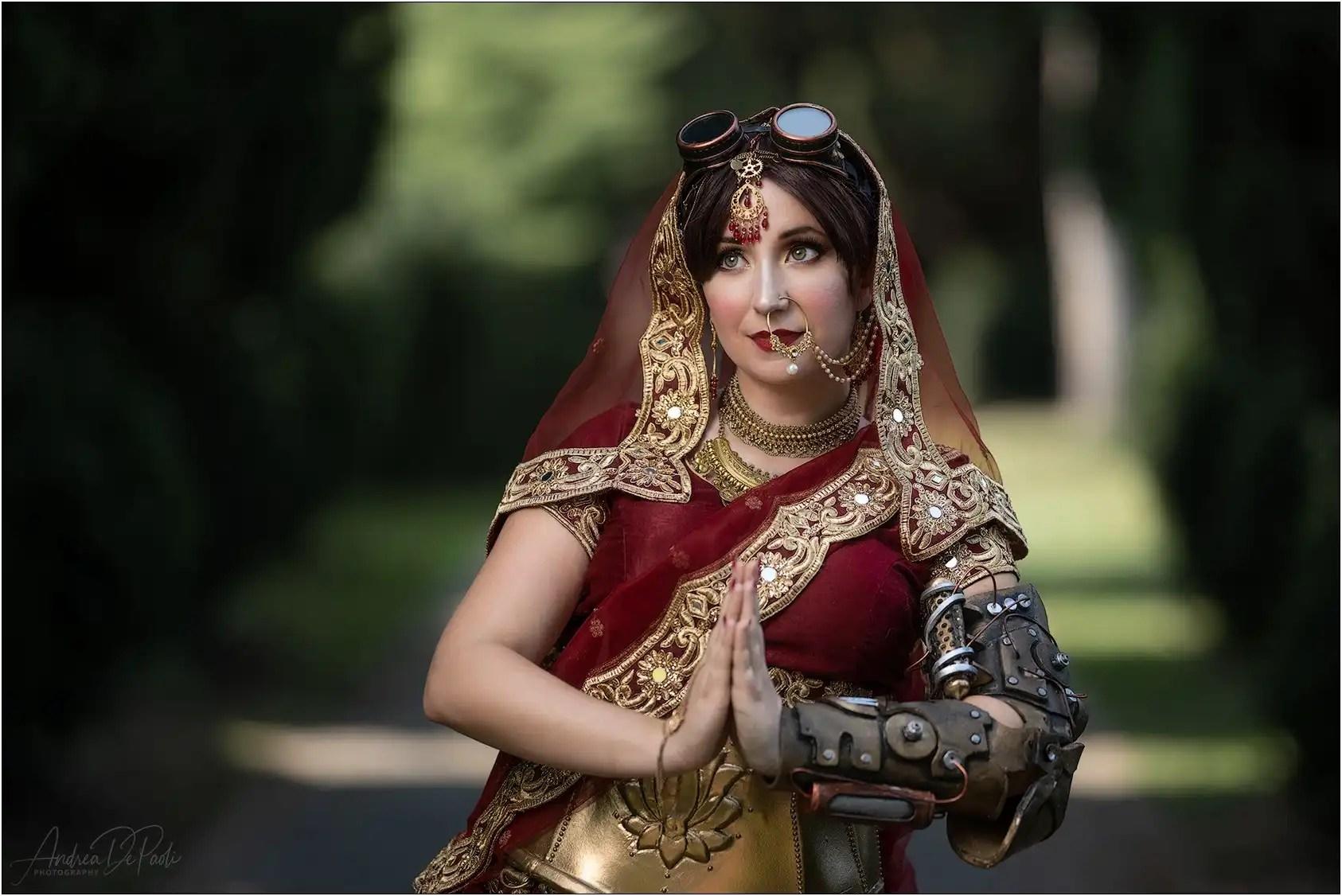 Un affascinante costume che fonde lo stile di Bollywood insieme allo Steampunk