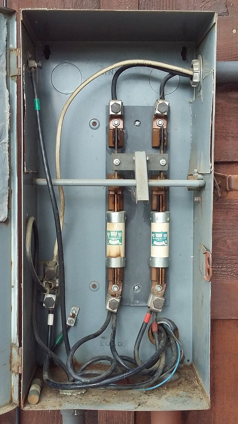 hight resolution of  and if so are those fuses still available fwiw the barn panel has a 100 amp breaker that shuts that panel off the image is rotated 90 degrees ccw