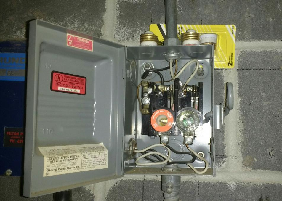 Ac Fuse Box Wiring Replace Well Pump Fuses With Circuit Breakers