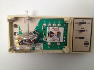 Analog Thermostat Wiring Diagram Replacing A Goodman Janitrol Hpt 18 60 Thermostat
