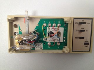 janitrol hpt18 60 thermostat wiring diagram federal signal pa300 replacing a goodman hpt 18 doityourself com community forums