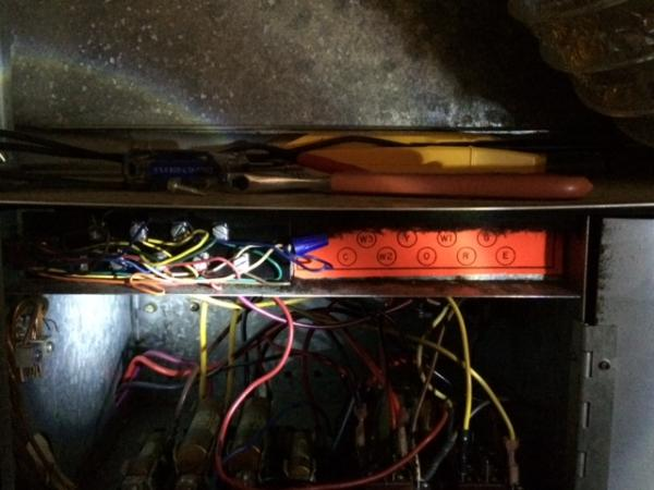 goodman air handler wiring diagram hunter ceiling fan light replacing a janitrol hpt 18 60 thermostat doityourself com name image2 jpg views 9851 size 37 1 kb