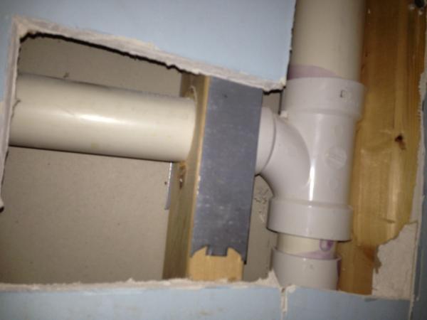 how to vent basement bathroom