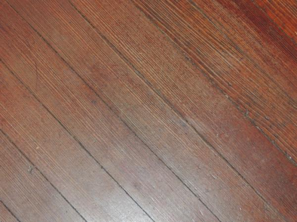 Identification of the type of flooring soft wood