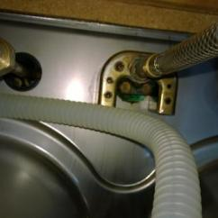 Kitchen Sprayer Hose Waste Disposal How To Remove Faucet With U Bracket - Doityourself ...