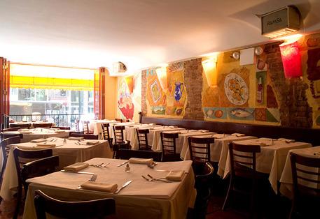restaurantbar_serafina_fabulous_grill_544231861