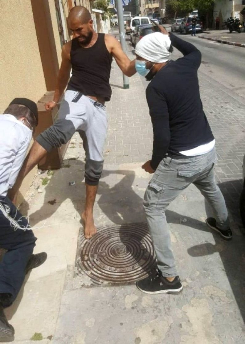 Jaffa Rosh Yeshiva Kicked And Beaten By Local Arabs. Bennett: 'Humiliation And National Disgrace' 1