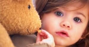 Cara Membersihkan Boneka dan Karpet Bulu yang Benar