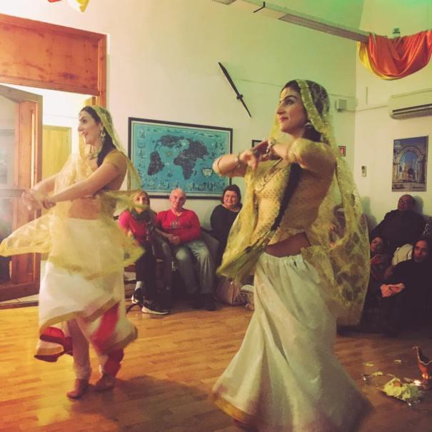 Akbar's Court Indian Dance Show