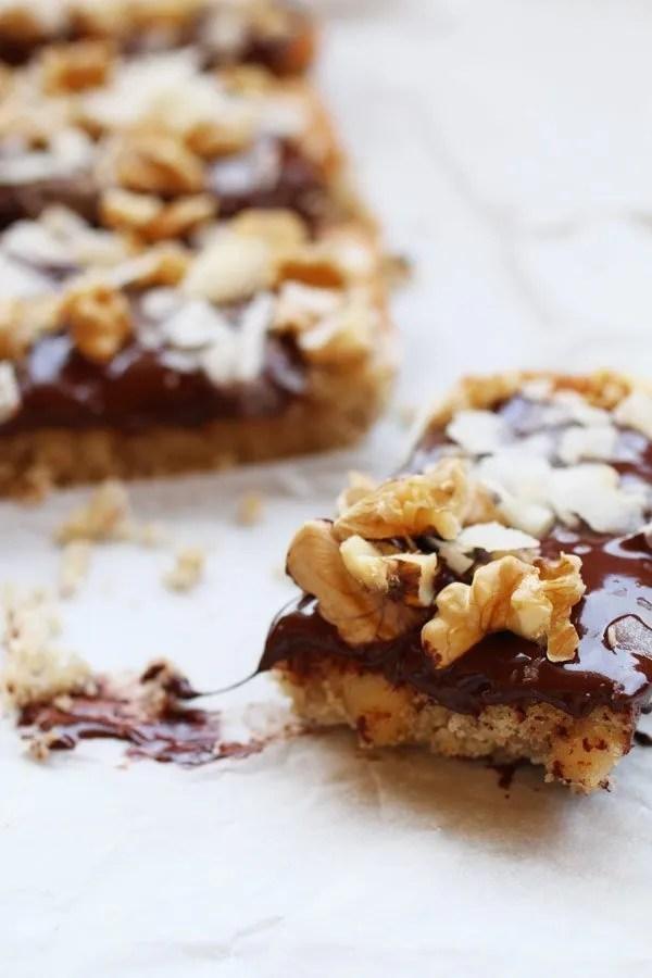 Biscotti alle Mandorle con Noci, Cioccolato e Cocco