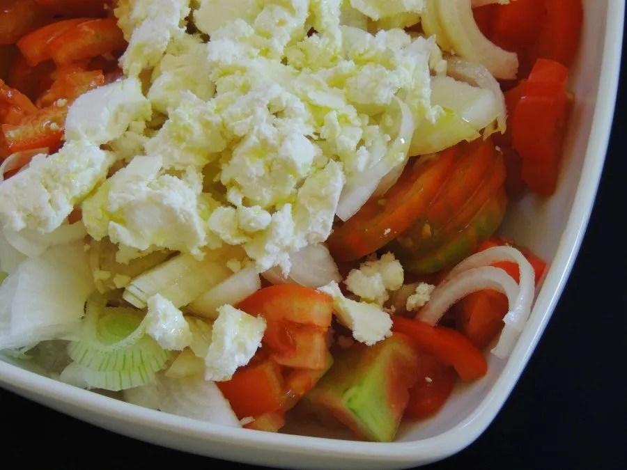 Insalata di Pomodori, Caprino e Cipollotti freschi Senza glutine