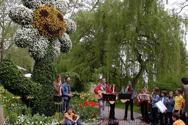 BlumenTreffpunkt Musikanten Gruppenfoto Unterhaltung im