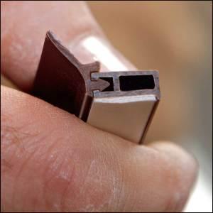 Zargo L19 - Kunststoffschiene zum Abdichten - Zargoschiene
