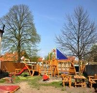 dětské hřiště Tajuplný ostrov ve Veltrusích