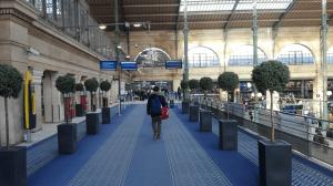 přístup ke vlaku