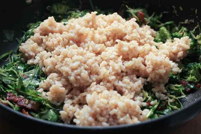 healthy-bacon-fried-brown-rice-with-broccoli-wilted-greens-and-egg-step-6
