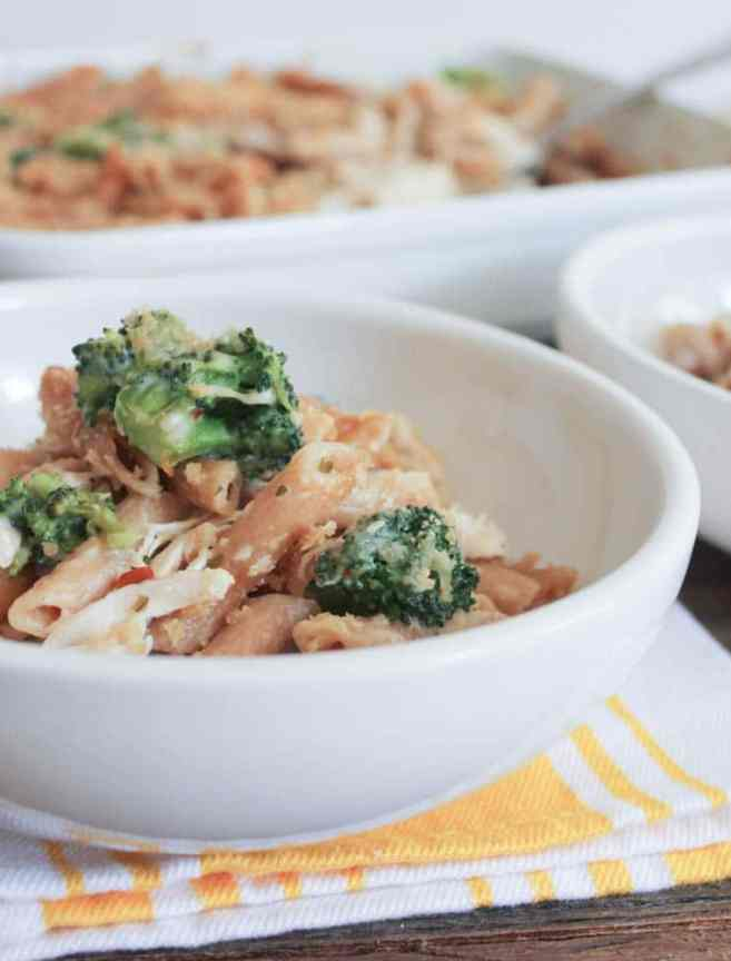 Cheesy-Baked-Whole-Wheat-Penne-with-Chicken-and-Broccoli-4