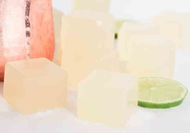 How-to-make-Moscow-Mule-Jello-Shots-5