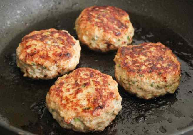 Paleo-Chinese-Chicken-Salad-Burgers-step-4