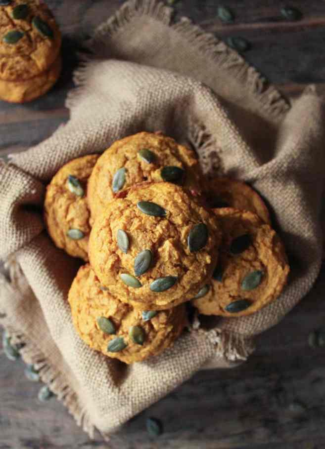 Pumpkin-Sour-Cream-Muffins-8
